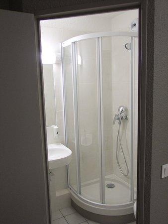 Best Hotel Lille/Gambetta : Bathroom2