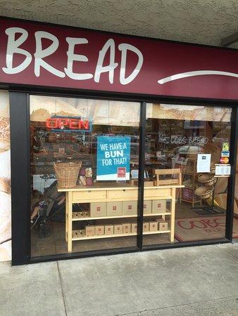Cobs Bread Ladner