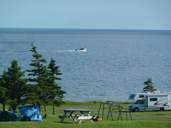 Elmira, Canada: View from the campground. Right on the water.