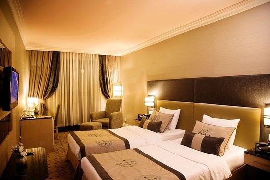 Darkhill Hotel: Double Room
