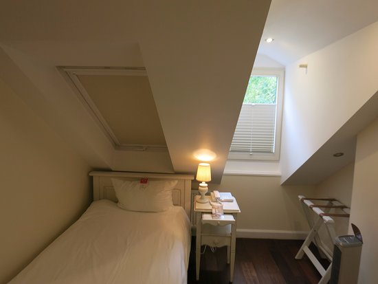 ‪‪Hotel Villa Marstall‬: Small single room‬
