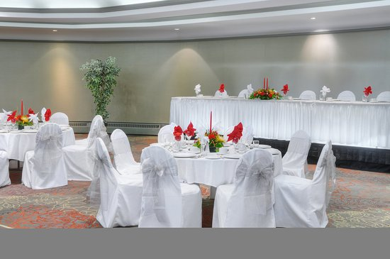 Holiday Inn Toronto Airport East: Celebrate your next event with us