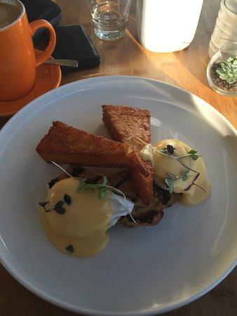 Croydon, Αυστραλία: Faultless pork-belly benedict
