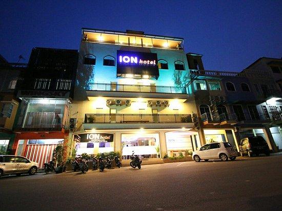 ION Hotel