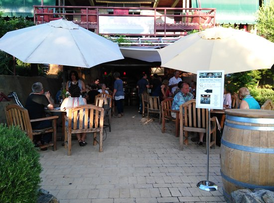 Angels Camp, كاليفورنيا: The Cellar Room is a wine tasting venue below Camps Restaurant