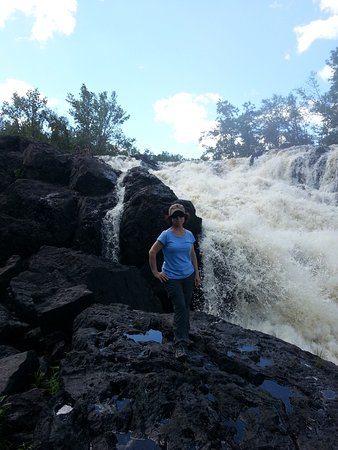 Ely, MN: Loved sound of the rushing water.