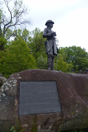 Monument to Brigadier General Gouverneur Kemble Warren