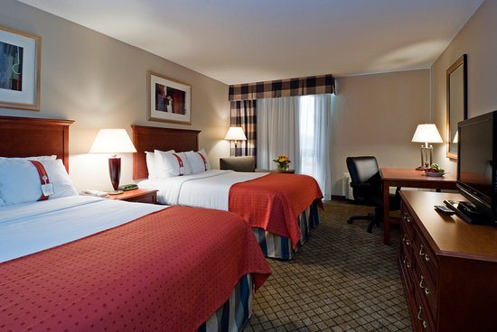 Holiday Inn Hotel & Suites Cincinnati-Eastgate: Double Bed Guest Room