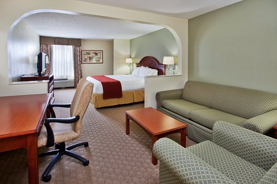 Holiday Inn Express & Suites Kimball: Guest Room