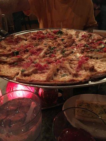 Foto de Oregano's Pizza Bistro