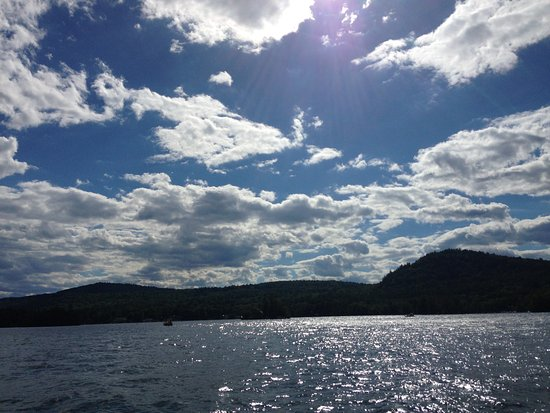 Chic's Marina Boat Rentals: Beautiful Day on the water