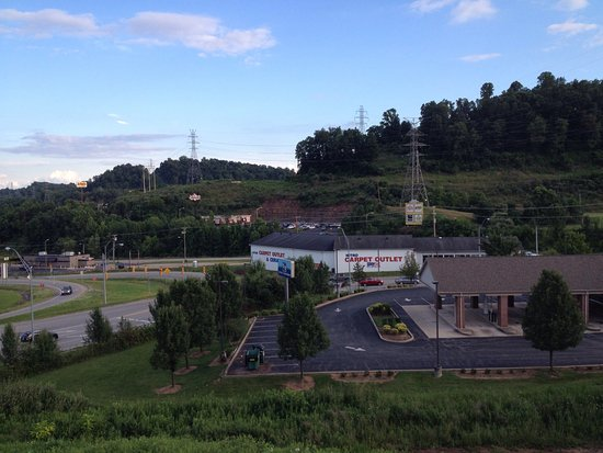Cross Lanes, WV: Great location passing through 64 route