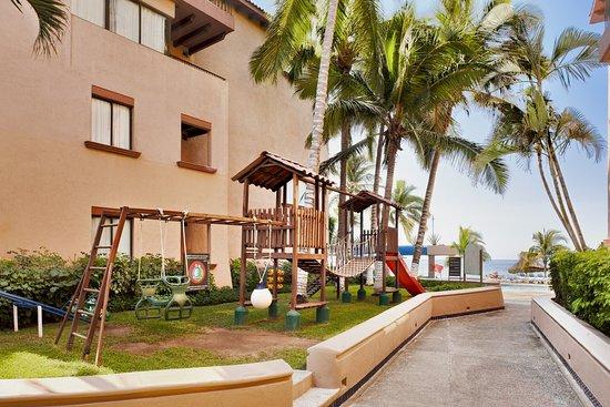 Hotel Barcelo Ixtapa Beach Resort: IXTLIFELow