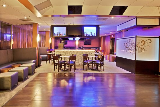 Miami Springs, FL: Vista Bar and Lounge