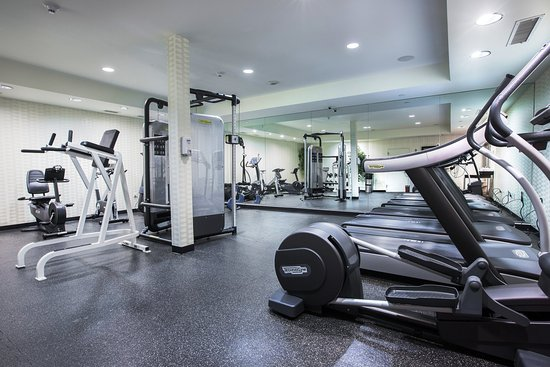 Livingston, Nueva Jersey: Fitness Center TECHNOGYM  at Westminster Hotel Liv