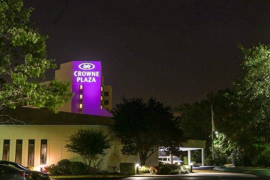 Crowne Plaza Hotel Virginia Beach -Town Center
