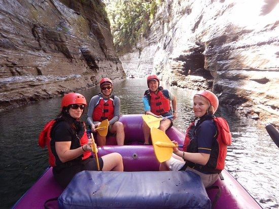 Rivers Fiji - Day Adventures: Go Aussie team, Go!