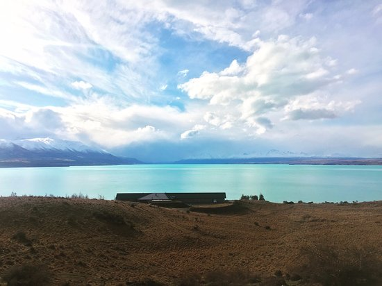 Hilltop behind the Lodge looking down over Lake Pukaki