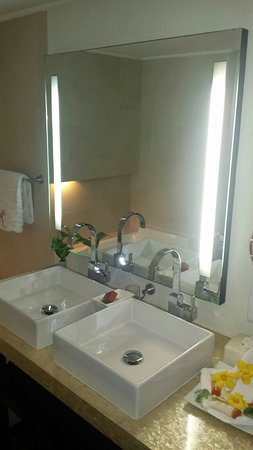 Royal St Lucia Resort and Spa: IMG-20160620-WA0075_large.jpg