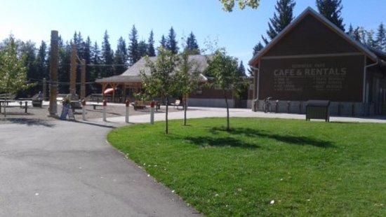 Bowness Park facilities