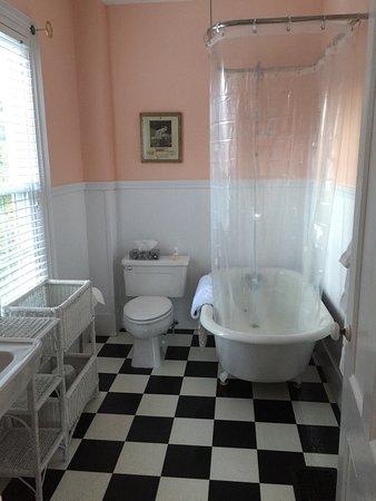 Bath, ME: photo0.jpg