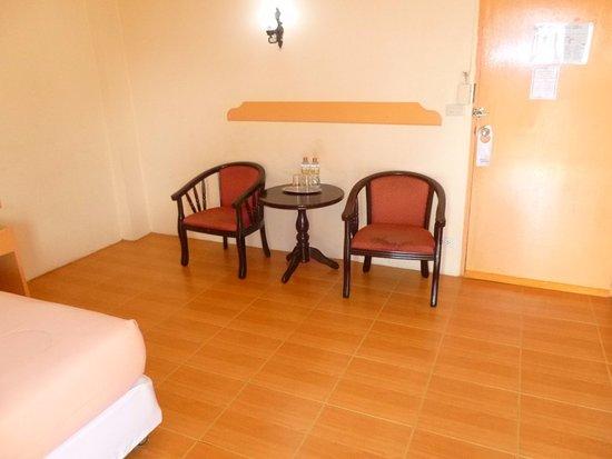 Queen Pattaya Hotel: Rum