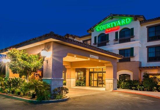 Courtyard Thousand Oaks Ventura County: Entrance