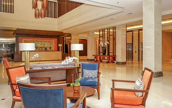 General Trias, Philippines: Hotel lobby, The Bayleaf Cavite