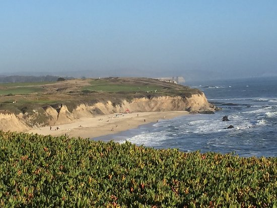 Half Moon Bay Lodge: photo3.jpg
