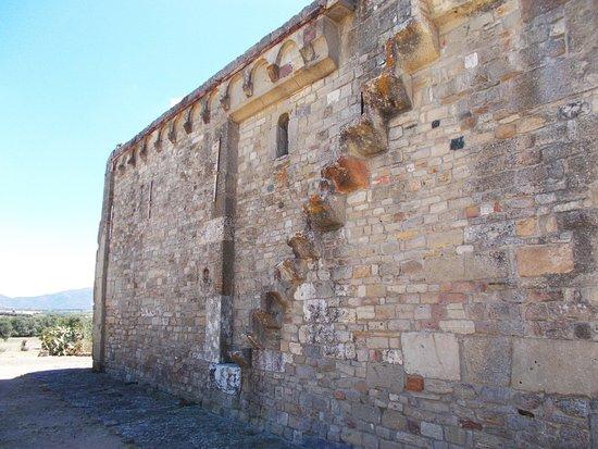 Serdiana, Italia: La scaletta in muratura porta sul tetto.