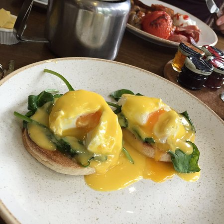 The Saracens Head: Breakfast