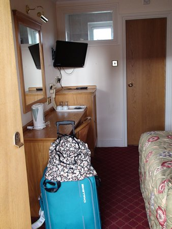 Viking Hotel: Blick in ein Zimmer im Hinterhaus.