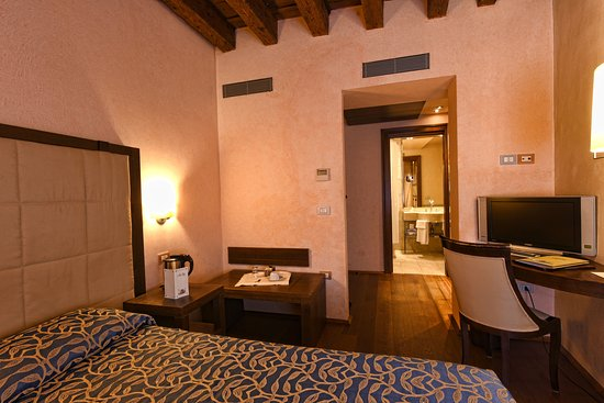 Palazzo Selvadego: Superior double room
