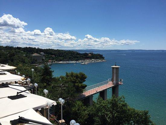 vista sulla terrazza - Picture of Ristorante Le Terrazze, Trieste ...
