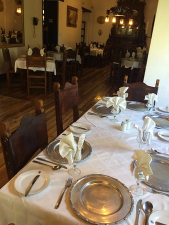 Hacienda Pinsaqui: the amazing dining room