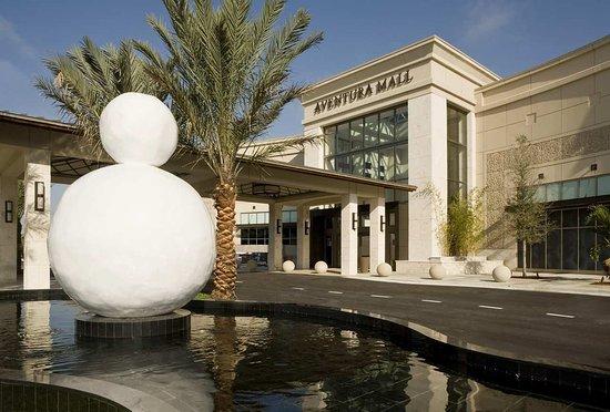 Conrad Miami: Aventura Mall