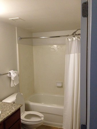 TownePlace Suites Boca Raton: Pictures of room 407