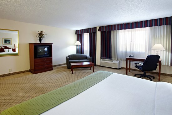 Holiday Inn Mobile West I-10: King Bed Guest Room