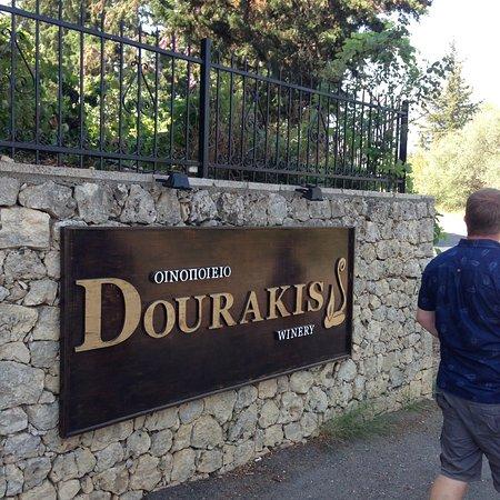 Alikampos, Hellas: Dourakis Winery