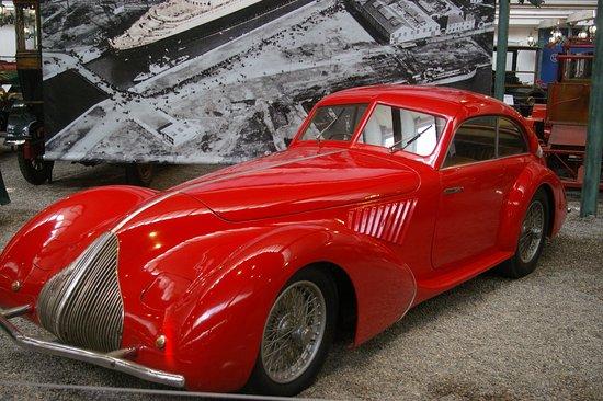 bugatti 1930 photo de cit de l 39 automobile collection schlumpf mulhouse tripadvisor. Black Bedroom Furniture Sets. Home Design Ideas
