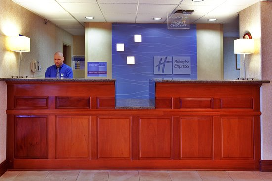 Holiday Inn Express Breaux Bridge (Lafayette Area): Front Desk