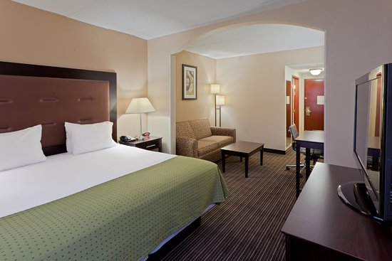 South Charleston, Virginie-Occidentale : Get some work done in our spacious King Executive Suite