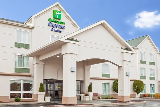 Holiday Inn Express Frackville: Hotel Exterior