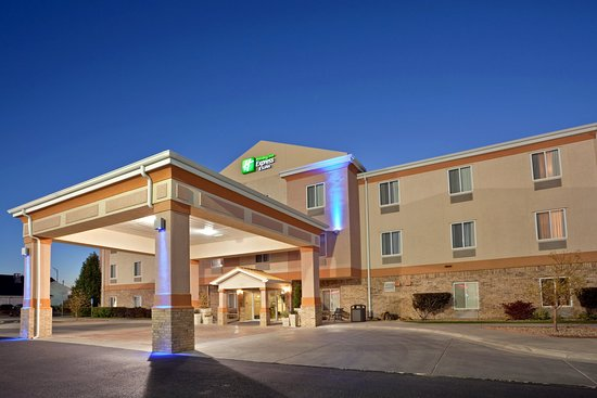 Holiday Inn Express Liberal: Hotel Exterior