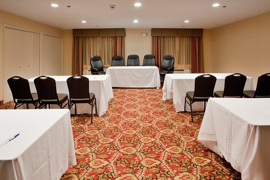 Holiday Inn Express Hotel & Suites Kinston: Meeting Room