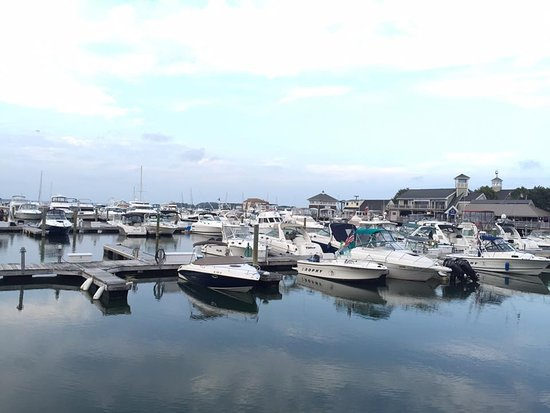 Quincy, MA: Marina Bay boating dock