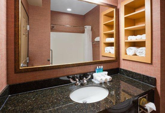 Baxter, MN : Bath and Body Works Bathroom Amenities