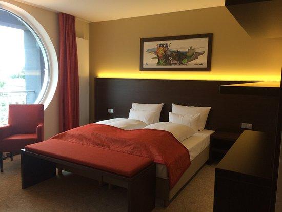 Zimmer Mit Beleuchtung Bild Von Aribo Hotel Erbendorf Tripadvisor