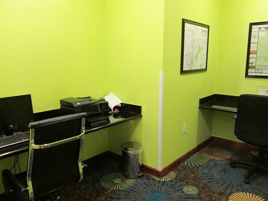 Newell, Virginia Occidental: Business Center