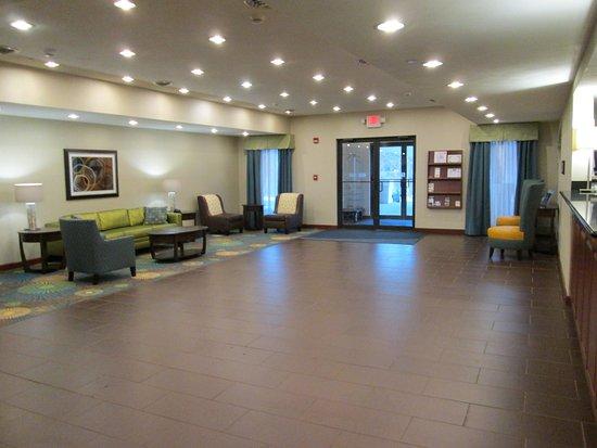 Newell, Virginia Occidental: Hotel Lobby